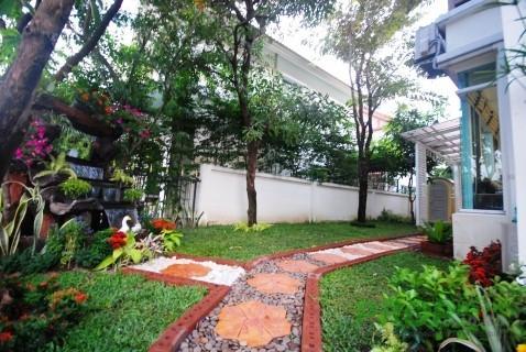 บ้านเดี่ยวมือสอง  ขายบ้านเดี่ยว fully furnished สไตล์ Modern 4นอน3น้ำ 60ตร.ว.ทำเลดีที่สุดในสายไหม