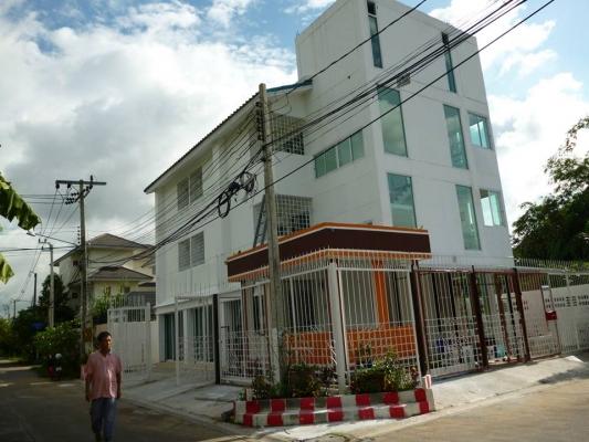 Home Office หมู่บ้านสหกรณ์เคหสถาน3 บางพูด ปากเกร็ด นนทบุรี - บ้านเดี่ยว ขาย