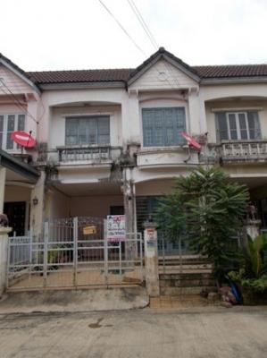 ทาวน์เฮาส์ 2 ชั้น หมู่บ้านบุศรินทร์วงแหวน ถนนกาญจนาภิเษก แยกบ้านกล้วย-ไทรน้อย