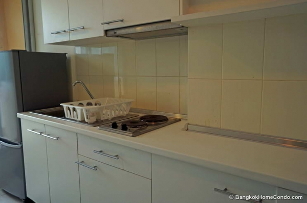 Life @ Ratchada-Huaikwang Condominium For Rent - 1751