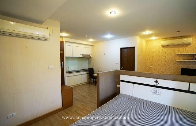 Luxury studio condo for rent in the biggest chiangmai business park