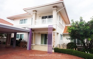 Beautiful house in Moobaan of hangdong chiangmai.