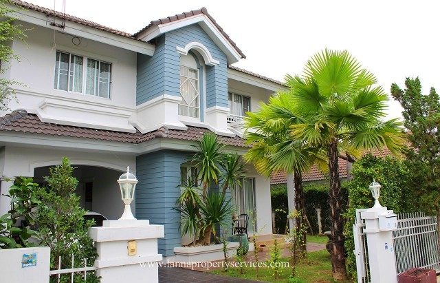 Furnished home with large bedroom balcony in a community of sankamphaeng.