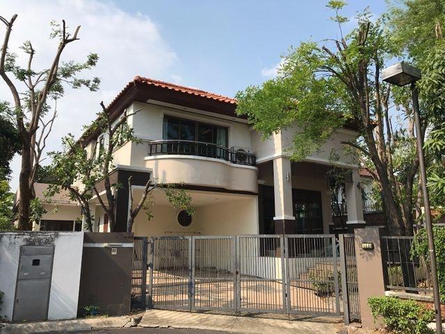 บ้านเดี่ยว ทำเลดี ม.ศุภาลัย สุวรรณภูมิ  ขนาด 92 ตรว. 3 ห้องนอน 3 ห้องน้ำ 1 แม่บ้าน  พิ้นที่ใช้สอย 252 ตร.ม.