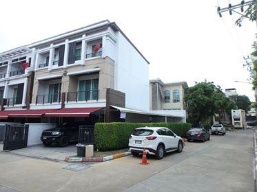 ขายทาวน์โฮม บ้านกลางเมือง พระราม 3-ราษฎร์บูรณะ 30 ตรว หลังมุมสวย ใกล้กสิกรสำนักงานใหญ่